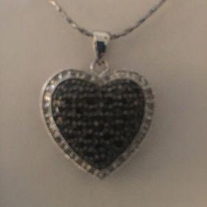 Jewelry - 14K Gold Blk. & Diamond Heart ❤️ Necklace